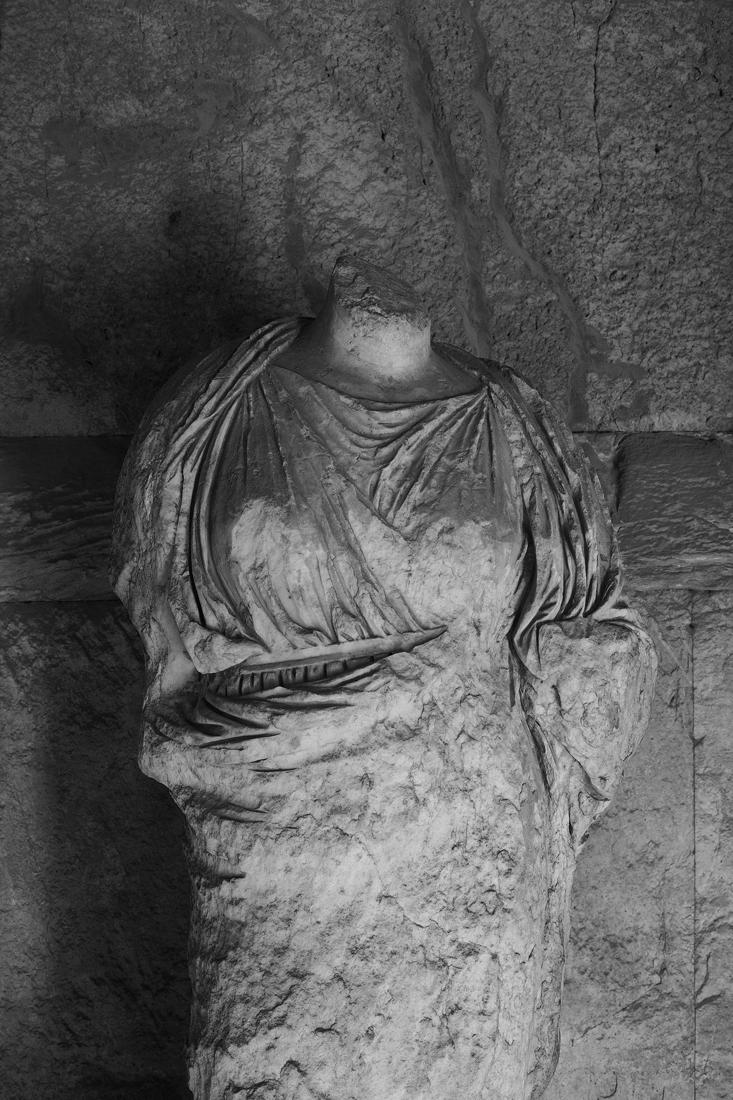 Headless-portrait8913